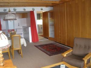 Alpen-Fewo, Residenza Quadra 115, Appartamenti  Flims - big - 5
