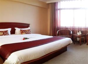 RYM Hotel Songyun Road Youhao Plaza, Отели  Далянь - big - 7