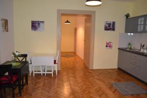 Casa Krone - Piața Sfatului, Apartmanhotelek  Brassó - big - 56