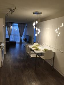A&A Suites in the heart of Downtown Toronto, Appartamenti  Toronto - big - 56