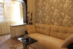 Apartments Sergeia Esenina 108/1