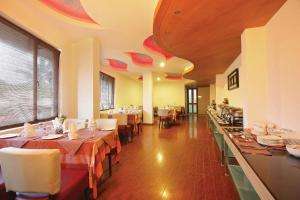 Hotel Park Residency, Kakkanad, Hotels  Kakkanad - big - 10
