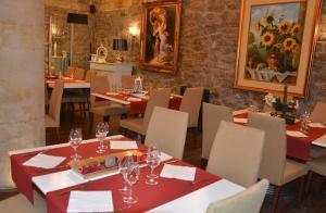 Hotel Rural Bidean, Vidiecke domy  Puente la Reina - big - 16