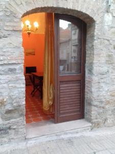 B&B Casa Marina, Bed and breakfasts  Santo Stefano di Camastra - big - 32