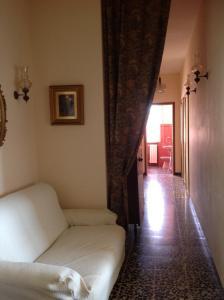 Moni Apartment