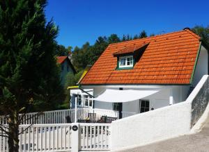 Ferienhaus BLACK & WHITE