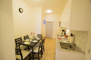 Old Town Rybna Apt by Ruterra, Apartments  Prague - big - 16