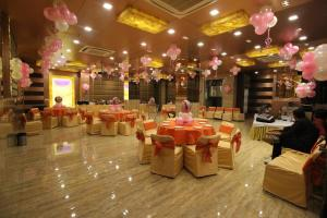 Hotel Golden Grand, Отели  Нью-Дели - big - 50