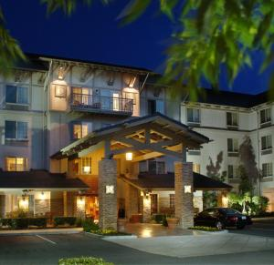 Larkspur Landing Bellevue-An All-Suite Hotel