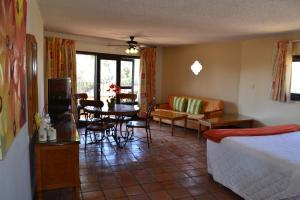 Hotel Quintas Papagayo, Hotels  Ensenada - big - 71