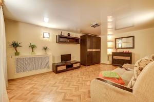 Longo Apartment Moyka