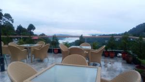 Dippys Hotel