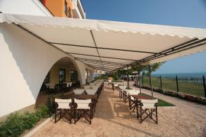 Beach Pool and Spa Apartment in Marina Cape, Apartmány  Aheloy - big - 1