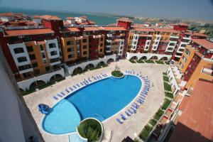 Beach Pool and Spa Apartment in Marina Cape, Apartmány  Aheloy - big - 10
