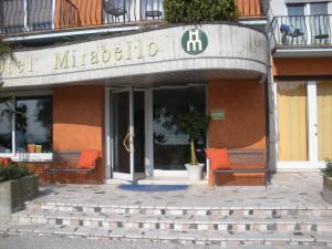Prenota Hotel Mirabello