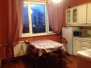 Apartments on Shvernika 17