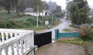 Selis Manor Holiday Home, Alloggi in famiglia  Nuwara Eliya - big - 47