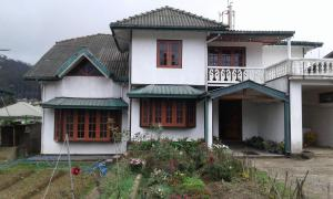 Selis Manor Holiday Home, Alloggi in famiglia  Nuwara Eliya - big - 1
