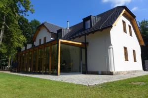 Rekovice - restaurace a lesní hotel