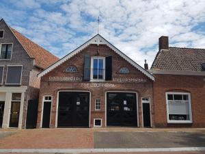 Dokkumer Bed & Sonnema Berenburg