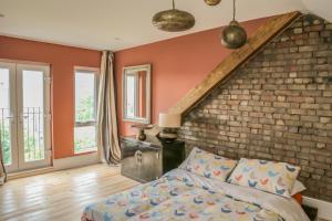 4 bedroom home - N17