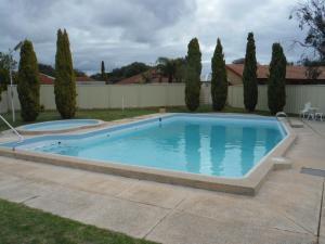 Restawile Motel - Margaret River Wine Region, Western Australia, Australia