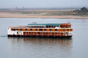 RV Paukan Cruise from Bagan to Mandalay (2Nights)