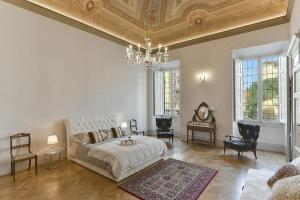 Cavour Halldis Apartment