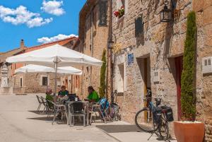 Hostal-Bar Restaurante