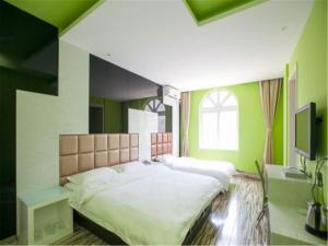 H Hotel Jiangxi Road