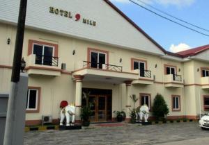Hotel 9 Mile