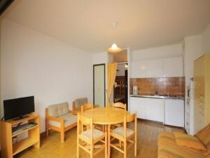 Rental Apartment Stade 3