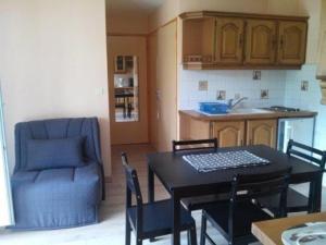Rental Apartment Saint Marc Sur Mer 9