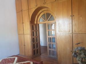 Guest house DoDo, Penzióny  Gori - big - 23