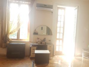 Guest house DoDo, Penzióny  Gori - big - 24