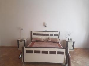 Guest house DoDo, Penzióny  Gori - big - 1