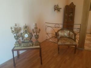 Guest house DoDo, Penzióny  Gori - big - 26