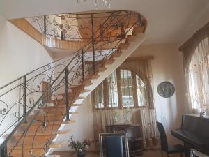 Guest house DoDo, Penzióny  Gori - big - 29