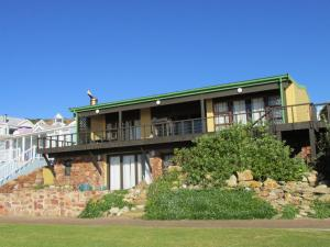 Point Village Accommodation - Gert's House