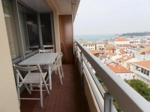 Rental Apartment Corsaires - Biarritz