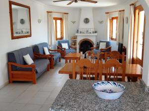 Villa Amistad, Villen  Orba - big - 6