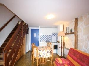 Rental Apartment Stade 1