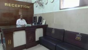 Hotel Azizia Residency, Hotels  Hyderabad - big - 18