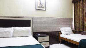 Hotel Azizia Residency, Hotels  Hyderabad - big - 10