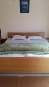The Tara Villa, Bed & Breakfasts  Shamshi - big - 38