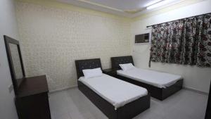 Afaq Al Elm Aparthotel, Апарт-отели  Унайза - big - 2
