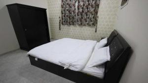 Afaq Al Elm Aparthotel, Апарт-отели  Унайза - big - 4