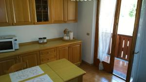 Appartamento Felce, Apartments  Pinzolo - big - 16