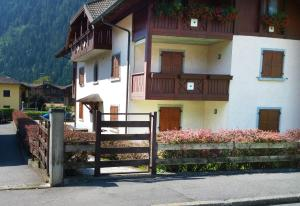 Appartamento Felce, Apartments  Pinzolo - big - 36