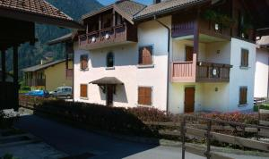 Appartamento Felce, Apartments  Pinzolo - big - 38